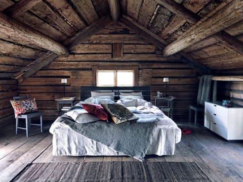 & attic bedroom log cabin