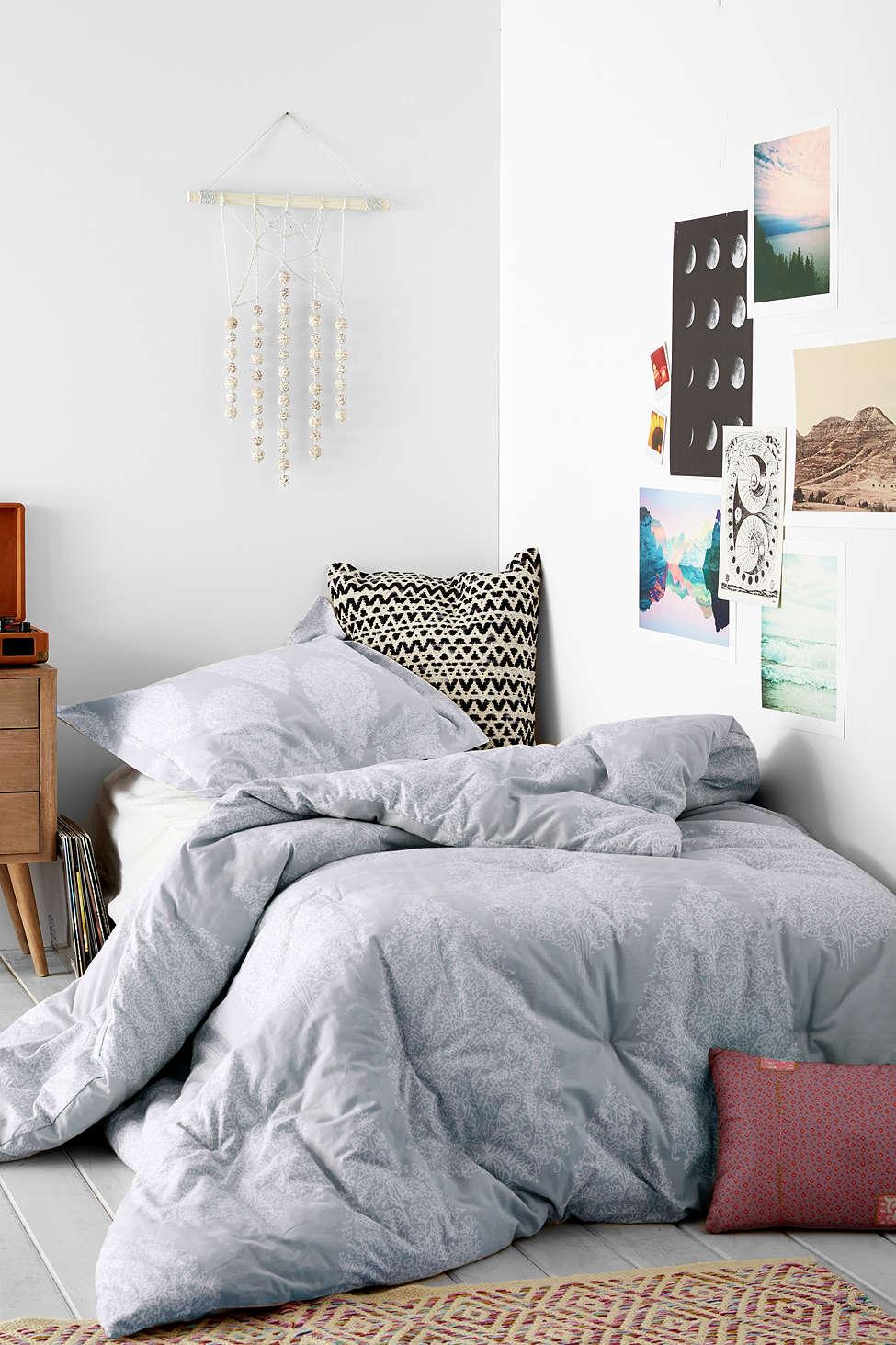 Plum Bow Kylee Block Comforter