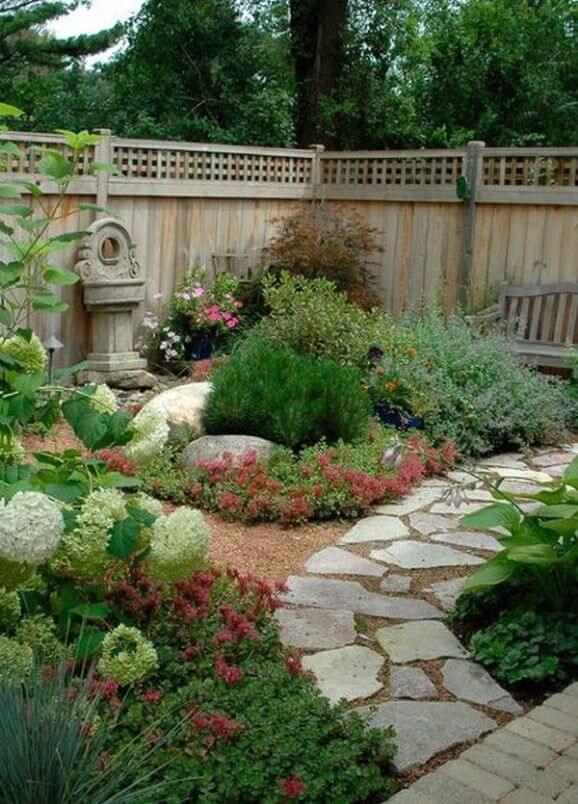 Backyard-Landscaping-Ideas-2