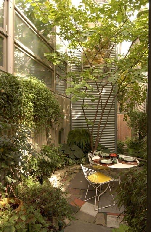 Small-Backyard-Ideas-13