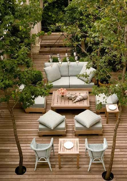 40 amazing design ideas for small backyards for Outdoor patio inspiration