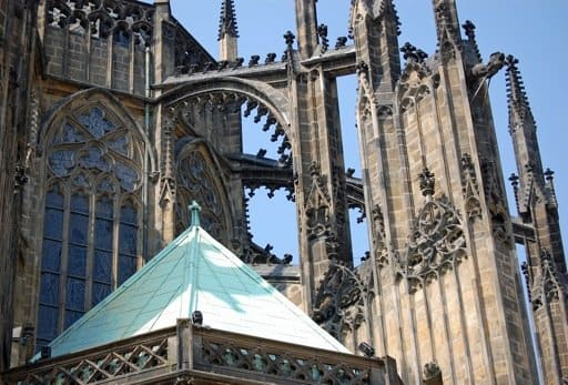 a history of gothic architecture in england Gothic architecture in england norman, early english, decorated, and perpendicular gothic styles what to see.