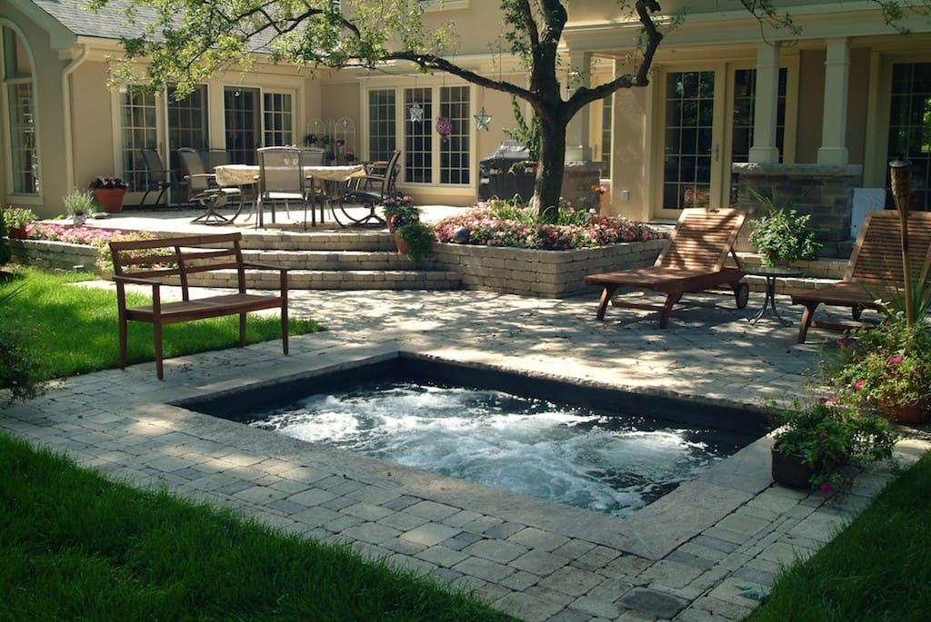 30 amazing small pool designs for your home inspirational for Small backyard swimming pool designs