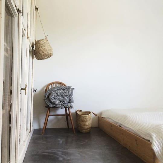 Minimal bedroom via tessahop on instagram for Minimal art instagram